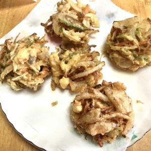 野菜のかき揚げ、海老の天ぷら、ちくわの磯辺揚げ、刺し身、なめ茸