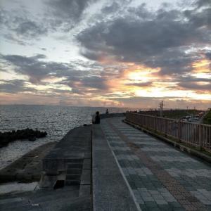 宮城海岸の夕べ