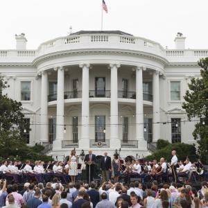 アメリカ大統領の巨大な権限