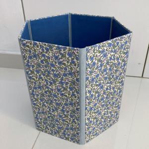 折りたためるボックスはシンプルがいいのかな。。。