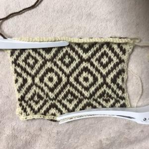編み込み模様 裏側