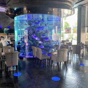定休日はパタヤでのんびり♪ミニ水族館でお魚を観ながら朝食 (=゚ω゚)ノ@Atlantis