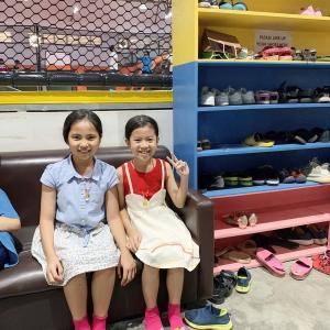FACTORY (芸術家村)のトランポリン施設、子どもの安全な遊び場。