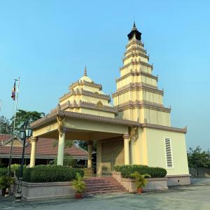 カンボジアの火葬場事情。