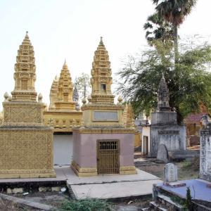 カンボジアでの個人のお墓について。