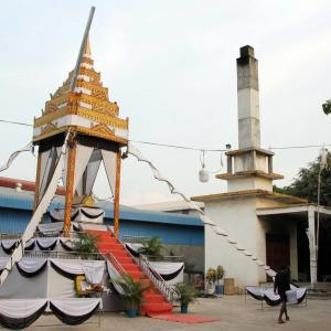 Sambour Meas Pagoda 火葬場があるお寺さん。