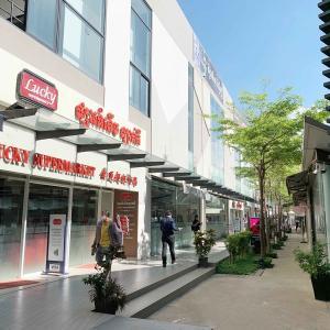 TK Avenue shopping mall トゥールコック地区にあるショッピングモール。