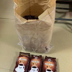 昨日 EMS で日本に商品を送りましたが、武漢コロナ名目で特別料金でした(怒)。