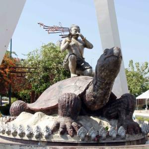 Kampong Cham Riverside Park コンポンチャムのリバーサイド公園。