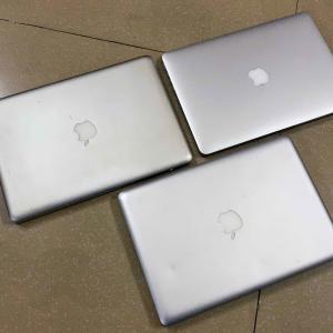 Mac Book Pro 3台ありましたが、1台を部品取りにしました。