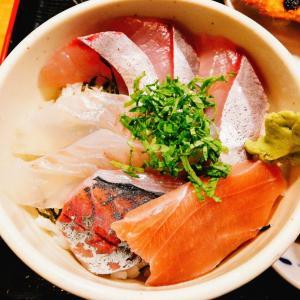 博多魚がし 市場会館店 海鮮丼 赤坂(福岡市)