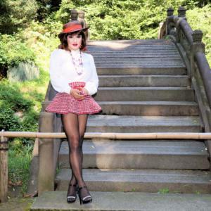 ハイウエストのミニスカート ~私の好きなファッションのひとつ~