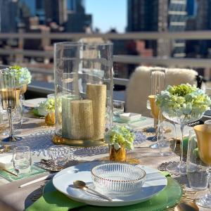 マンハッタンテーブル…「最上のおもてなし4」掲載テーブル