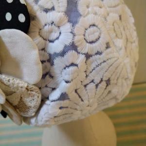 オーガンジーにふわふわ刺繍