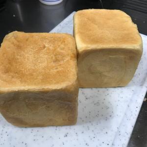 食パン焼きました♬