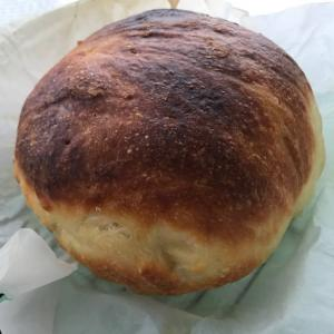 成功したパンと見るも無残なパン