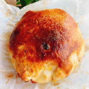 とぅとぅ出ましたよ。。。パンを焼きました