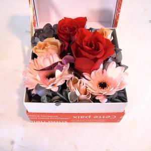 バレンタインは手作りのボックスフラワーにしました