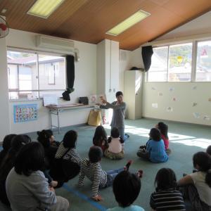 児童館でのレッスン風景