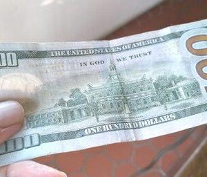 【号外】100ドル札がないんだって!!【計画頓挫】