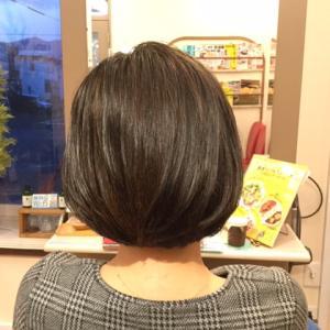 くせ毛でも、ヘアスタイルを楽しむ方法はあります!