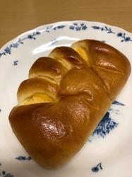 ニコラス精養堂 松陰神社前 クリームパン