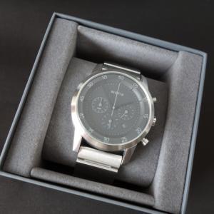 SONY wena wrist レビュー 15%オフなら買い 時計だけでコンビニへ買い物へ行けます。
