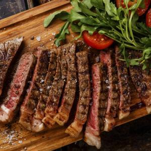 肉は食べたいだけ食べなさい! 75歳で変わる食事と病気リスク