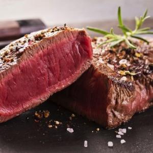 ダイエット中こそ肉食であれ!赤身肉を摂ることで燃焼ボディへ