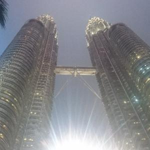 子連れでマレーシア クアラルンプール5泊6日の旅④〜夜景に感動!予約は必須!?ペトロナス・ツインタワーに行ってみました〜