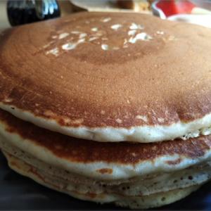 パンケーキのボリュームに撃沈!プルンチットのカフェ【Breakfast Story】へ行ってきた!