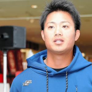 阪神・育成の石井が契約更改 来季は「開幕から背番号2桁で戦っていけるよう…」現状維持の年俸300万円でサイン