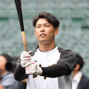 阪神 原口文仁捕手「どこで出るかはチーム状況に応じて。一番は試合に出ることなので」ポジション柔軟に対応