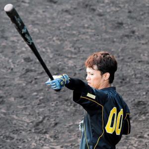阪神・上本が激白 生涯虎宣言!必ず二塁奪う「これからも阪神で1年、1年頑張りたい」