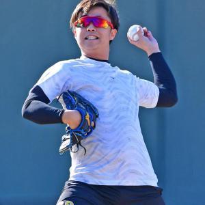 阪神島本、左肘手術後の初キャッチボールに手応え