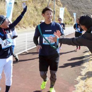 阪神 原口、大切な地で主催のチャリティーマラソンに参加 昨年大腸がんを克服