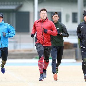 阪神秋山が平野佳寿と自主トレ「一緒にやるだけで、若い僕らはもっとやらないとという気持ちになる。」
