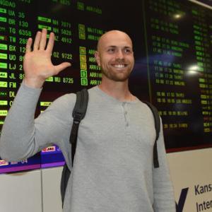 阪神新外国人エドワーズ来日「とても興奮している」