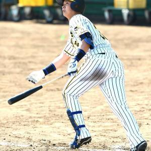 阪神・ドラ2井上 ケース打撃で福永からホームラン