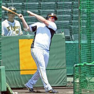 阪神・ボーア、左腕に苦戦も攻略大丈夫 ファイアボール流行は「すごくうれしい」