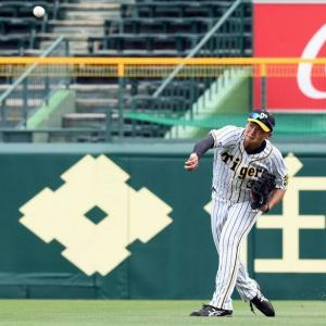 阪神ドラ2・井上がライトからレーザービーム!俊足・宗の本塁生還を阻止