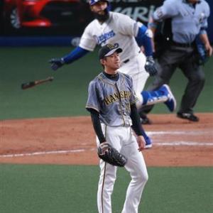 阪神・井上コーチ「数字をとれない野手のせい」 トラ救援陣崩壊止まらず