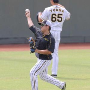阪神・梅野がキャッチボール再開 右脇腹問題なし!早期復帰へ意気込み「投げるのも今のところ問題なくやれているし、順調に来ていると思う」