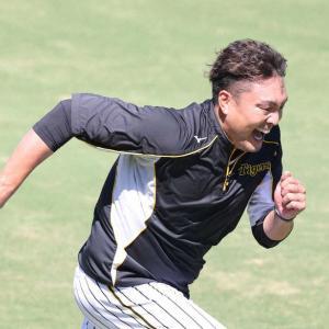 """桑原引退で思う""""崖っ縁コンビ""""の阪神・秋山「チームへの献身という点では本当に見習うべき存在」"""