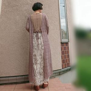 レディースの編み編みカーディガン