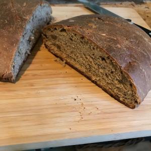 ナッツゴロゴロ手作りスペルト小麦パン