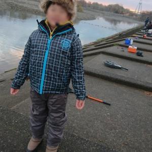 北方マス釣り場  今年の釣り納めに息子と行って来ました