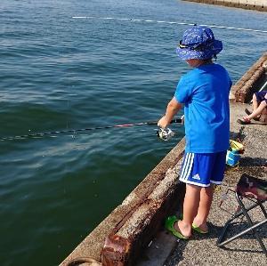 子連れ釣行で白子漁港、楠サーフ