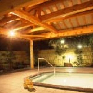 和歌山とれとれ市場のすぐ近くにある温泉、ナノウォーターでとれとれ!のお肌に。カタタの湯