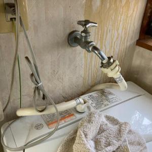 ストッパーつき洗濯水栓の交換・・・カクダイ